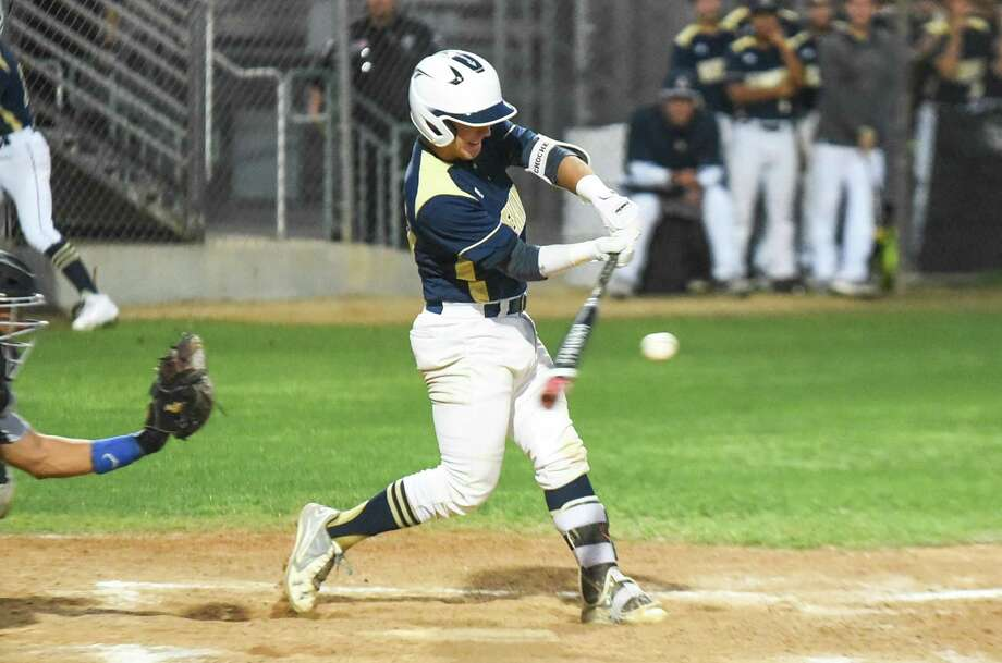 Jorge Gonzalez and Alexander open their title defense at Eagle Pass at 7 p.m. Tuesday while LBJ and United face at the SAC and United South hosts South San at Krueger Field. Photo: Danny Zaragoza / Laredo Morning Times File / Laredo Morning Times