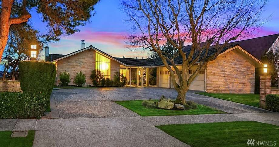 This waterfront stunner could be yours for $4.950M. Photo: Ick Glant NWG Real Estate