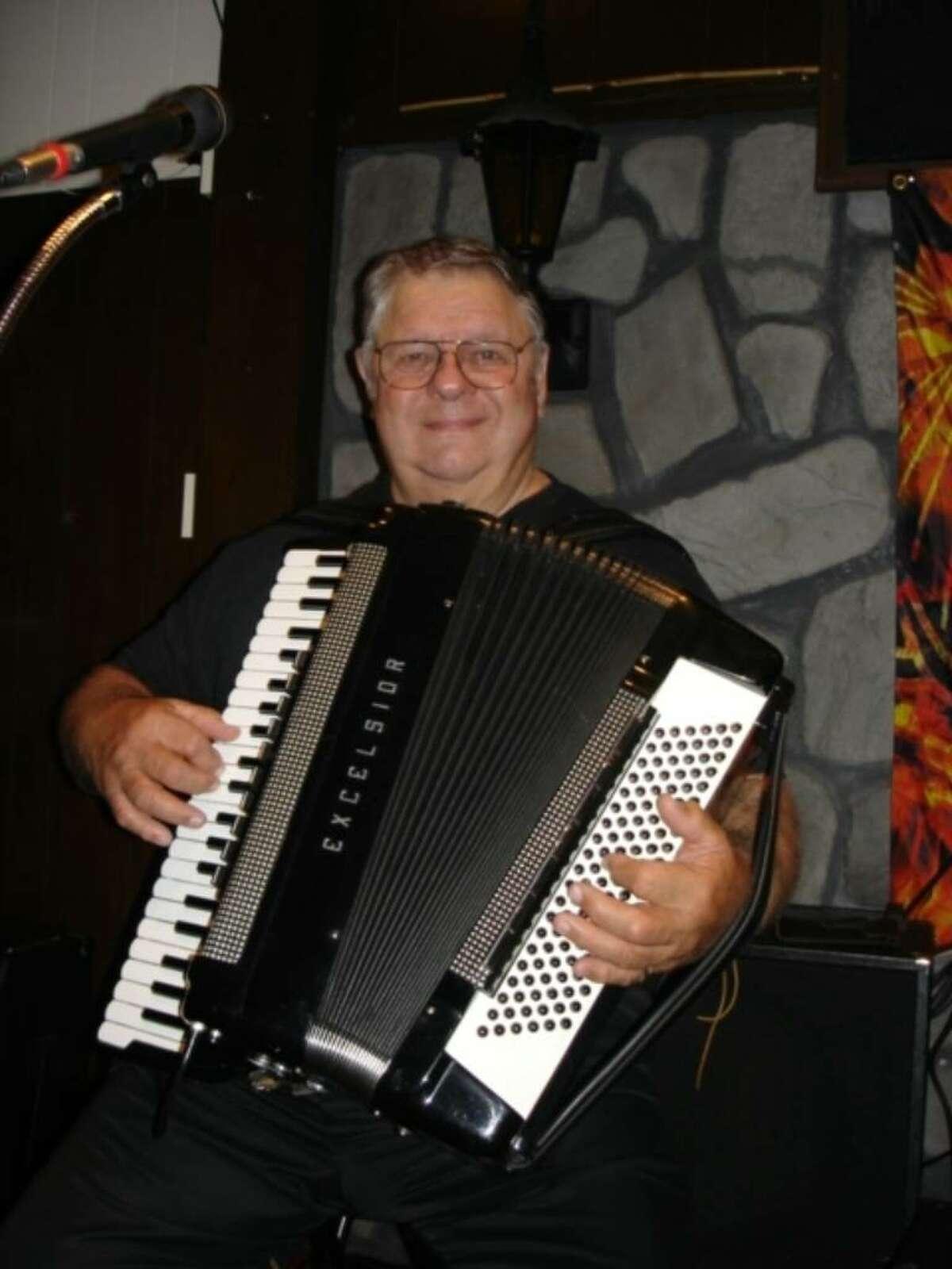 Fred Scherz Sr., founding member of Fritz's Polka Band, died Sat., Nov. 14.