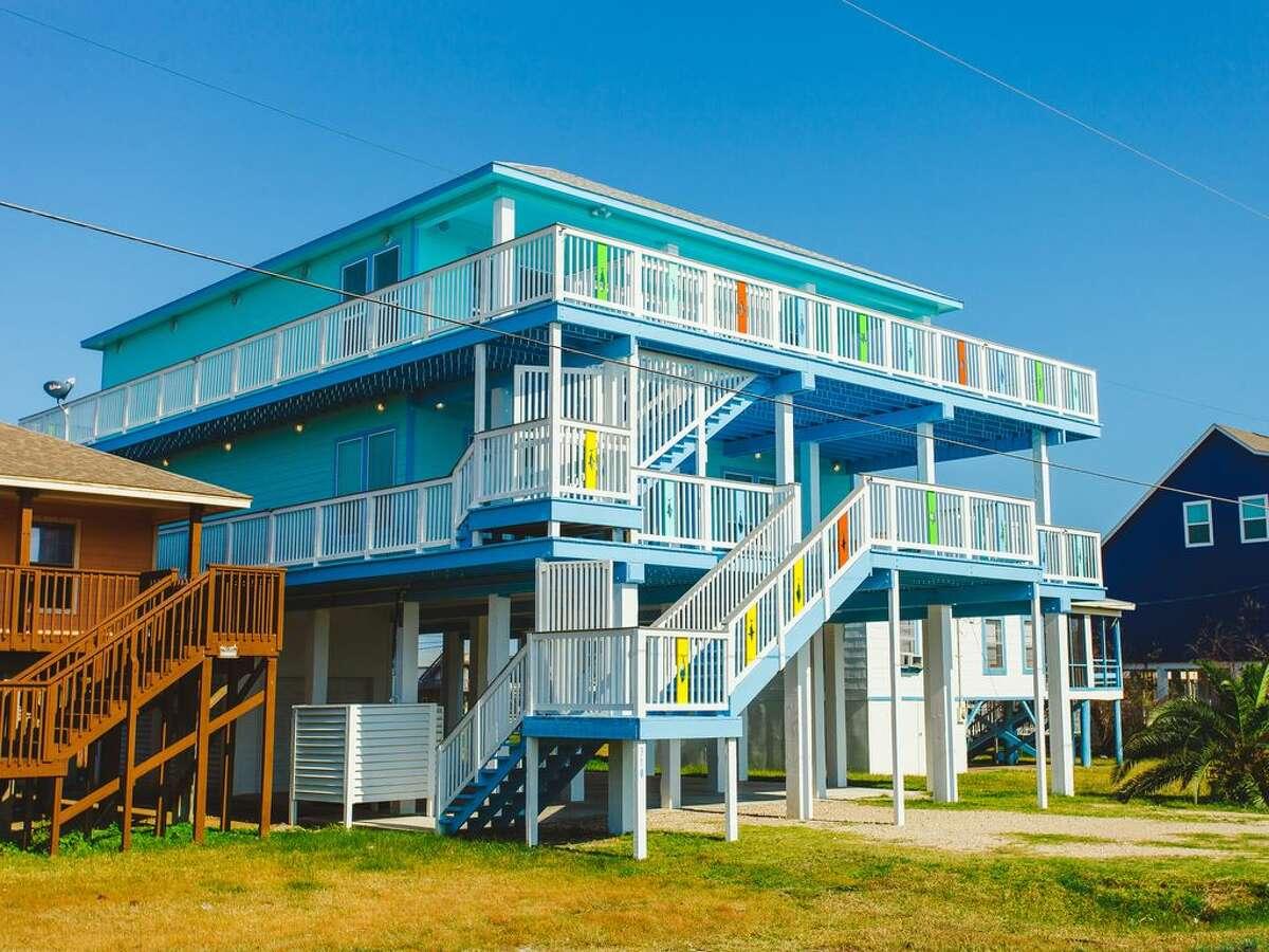 Unique Texas vacation rentals under$75 per person, per night Ocean-view beach houseWhere: Surfside BeachPrice per person per night: $41.90
