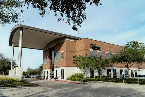Houston Methodist Cancer Center at Sugar Land welcomes the community to an open house to tour the facility and learn about services available for cancer patients. The open house will be held from 5-7 p.m. on Thursday, May 10, at Houston Methodist Cancer Center at Sugar Land, 16655 Southwest Freeway, Sugar Land. For more information visit events.houstonmethodist.org/openhouse-sl or call 281-275-0751.
