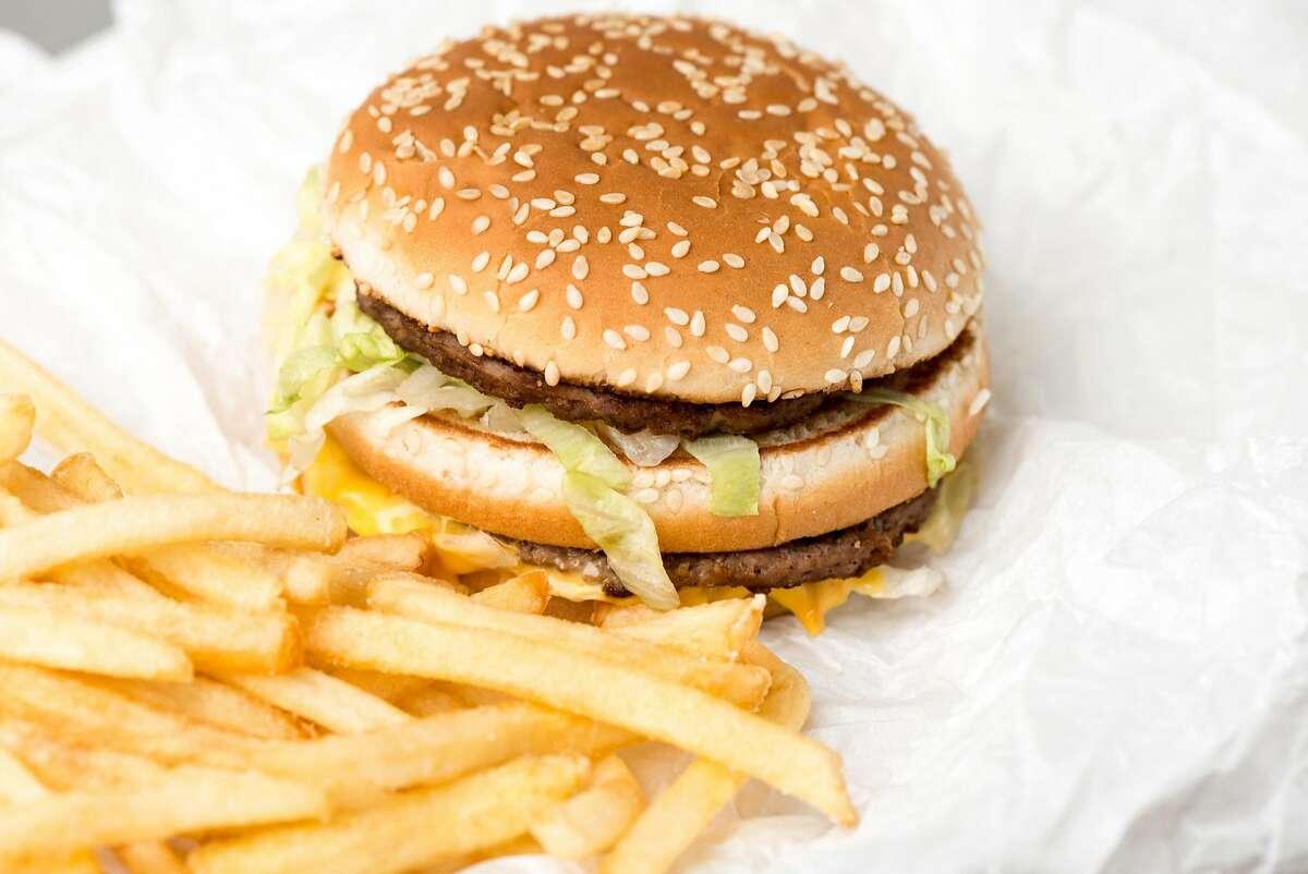 McDonald's 2101 Saunders 02/02/18