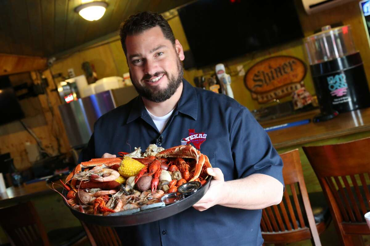 Despite being known for featuring burgers, host of The Texas Bucket List does venture out for things like a big plate of crawfish and crab legs and The Crawfish Place in Anahuac.