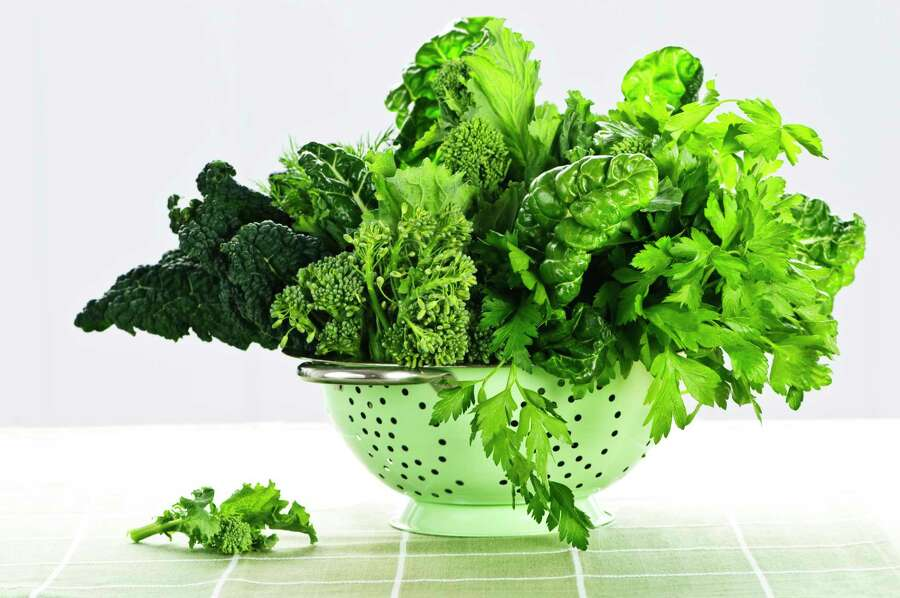 "Leafy greens and blood thinners: Too much vitamin K, found in lettuce and other leafy greens, can inhibit the effects of blood thinners. ""Some people think the idea is to cut out vitamin K completely, but that's not quite right,"" explained Andy Bellatti, a Las Vegas-based dietitian. ""The key is to have consistent intake. If your diet is generally high in vitamin K, keep eating that way. You may need a higher dosage of blood thinners. If you've never eaten a green leafy vegetable in your life, now while you're taking blood thinners may not be the time to start."" Photo: Getty, Getty Images/iStockphoto / Elenathewise"