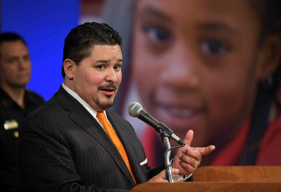 HISD Superintendent Richard Carranza speaks to the media during a press conference addressing security at Houston-area schools, Wednesday, Feb. 21, 2018, in Houston.  ( Mark Mulligan / Houston Chronicle ) Photo: Mark Mulligan, Houston Chronicle / © 2018 Houston Chronicle