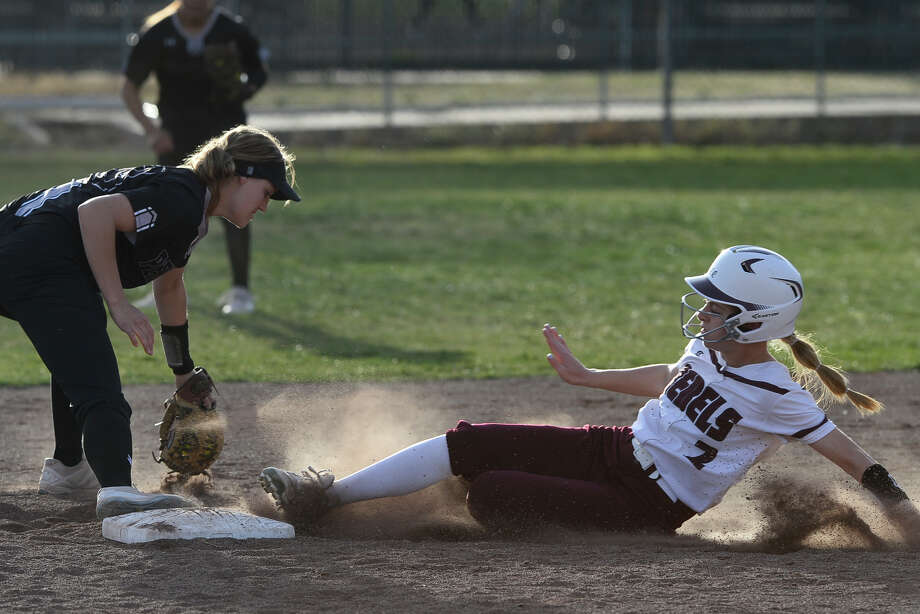 Lee's Tana Gonzales (2) is forced out at second base by Permian's Hunter Harkrider (33) March 6, 2018, at Gene Smith Field.  James Durbin/Reporter-Telegram Photo: James Durbin