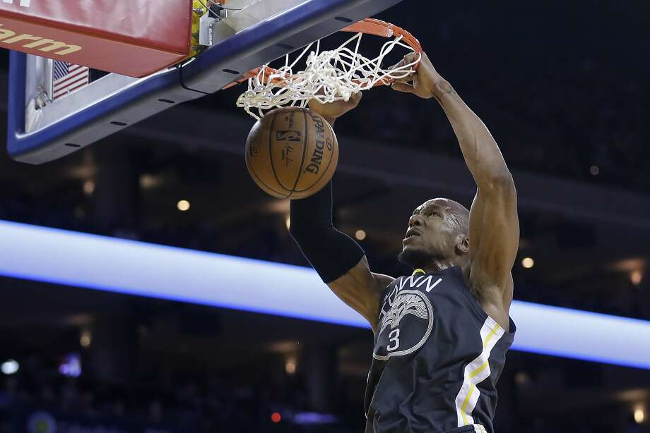 Golden State Warriors' David West dunks against the Los Angeles Clippers during the second half of an NBA basketball game Thursday, Feb. 22, 2018, in Oakland, Calif. (AP Photo/Marcio Jose Sanchez) Photo: Marcio Jose Sanchez, Associated Press