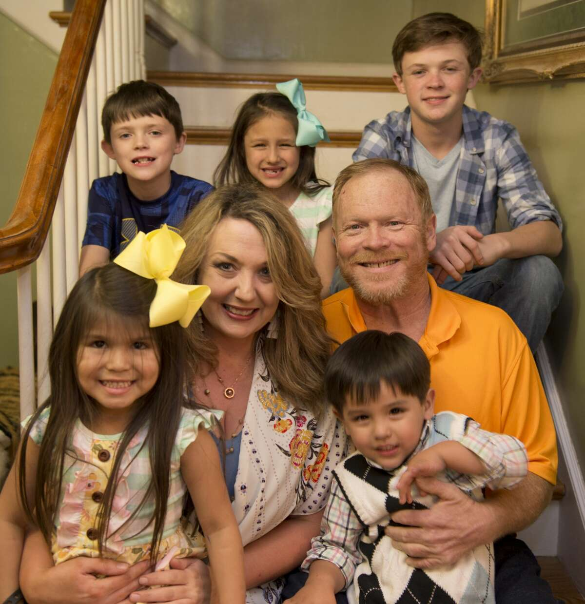 Jeff Robnett with his wife Dila and some of their children, Storrie, Jace, Colt, Lilly and Oliver. 03/06/18 Tim Fischer/Reporter-Telegram