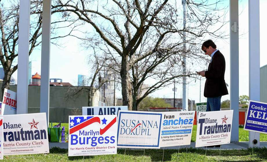 Gubernatorial candidate Andrew White checks his cellphone outside the West Gray Recreation Center  Tuesday, March 6, 2018, in Houston. ( Godofredo A. Vasquez / Houston Chronicle ) Photo: Godofredo A. Vasquez / Houston Chronicle