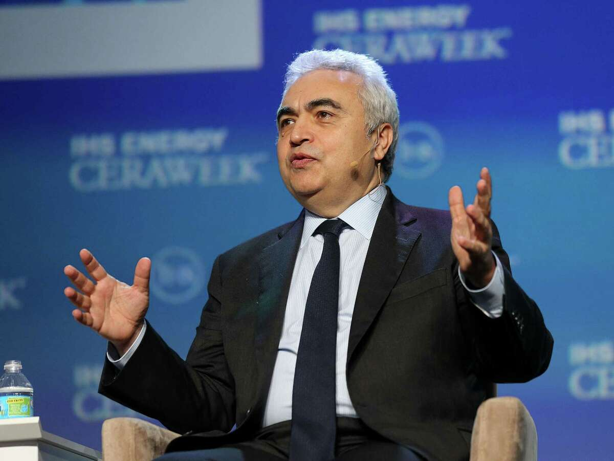 """Fatih Birol, Executive Director of the International Energy Agency HE answers a question during a talk titled """"Energy Markets in Turmoil: The Shape of Things to Come"""" during CERA conference at Hilton Americas on Monday, Feb. 22, 2016, in Houston. NEXT: Continue to see the best performers in the Permian Basin."""