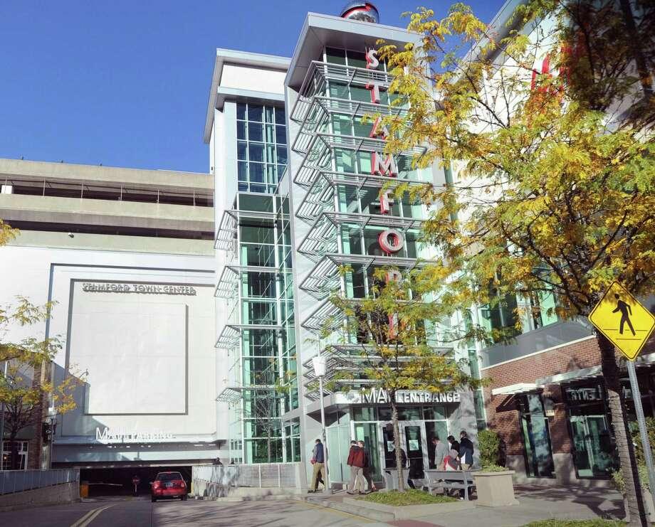 Stamford Town Center in Stamford, Conn. Photo: Bob Luckey / Bob Luckey / Greenwich Time