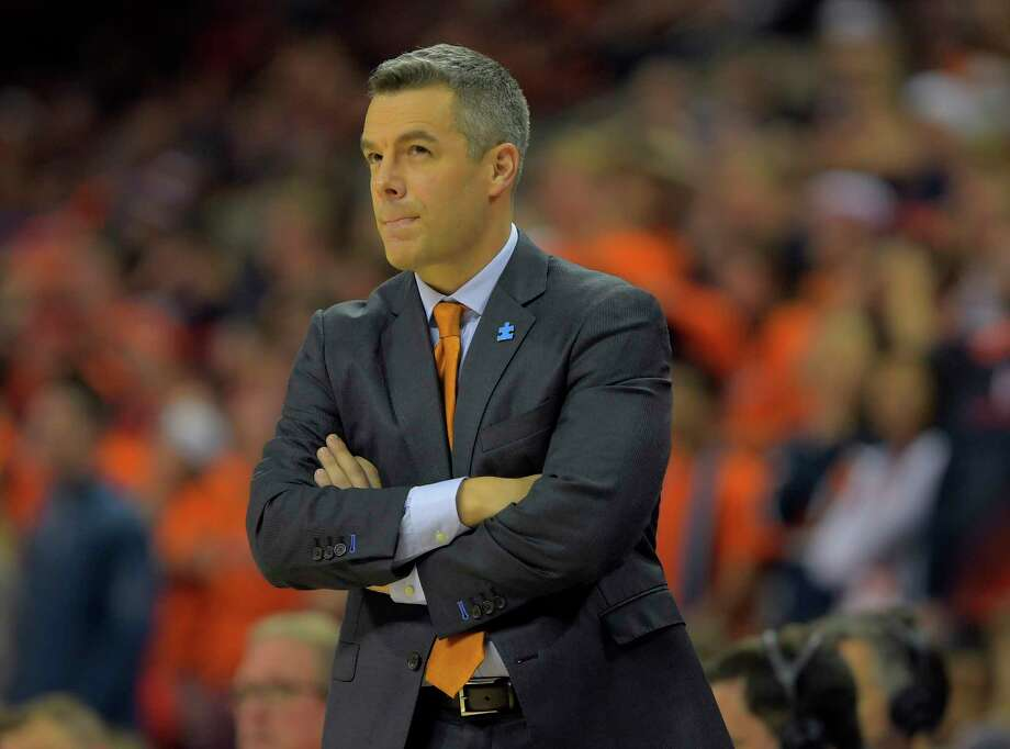 In a profession full of self-promoters, Virginia coach Tony Bennett prefers privacy. Photo: Washington Post Photo By John McDonnell / The Washington Post