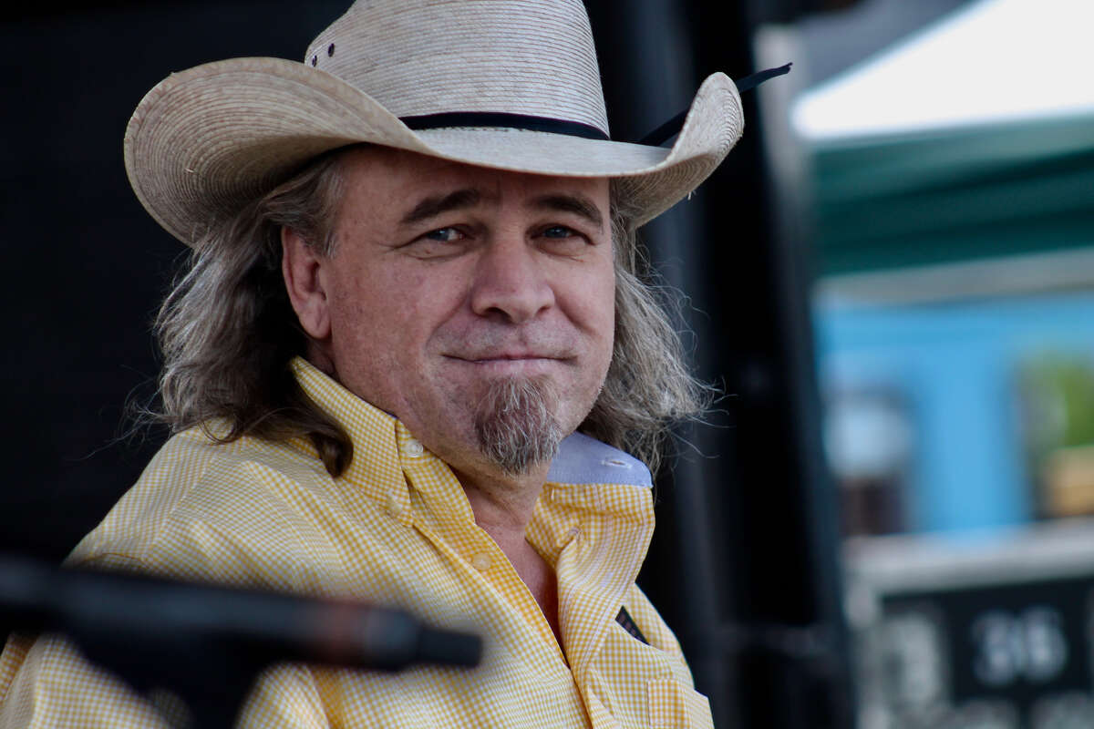 Houston-raised country singer Doug Supernaw has died. He was 60.