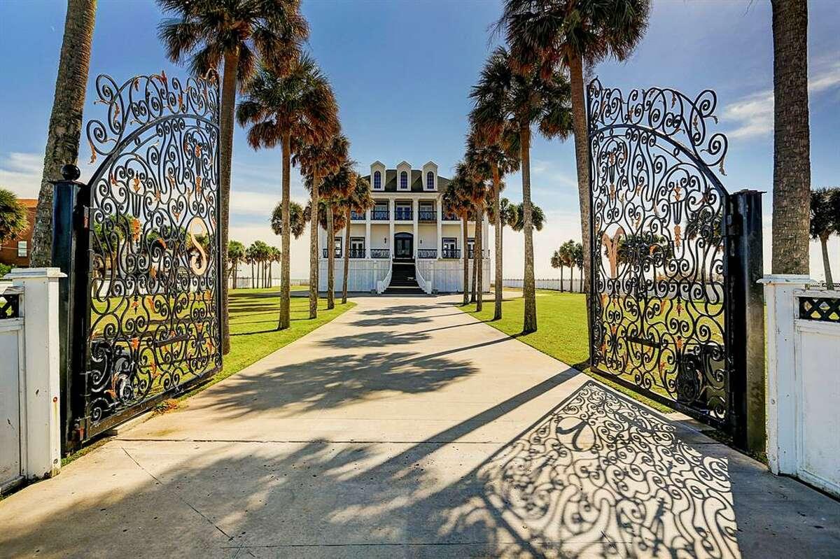 17007 Termini San Luis Pass List price: $3.95 million Size: 5,342 square feet