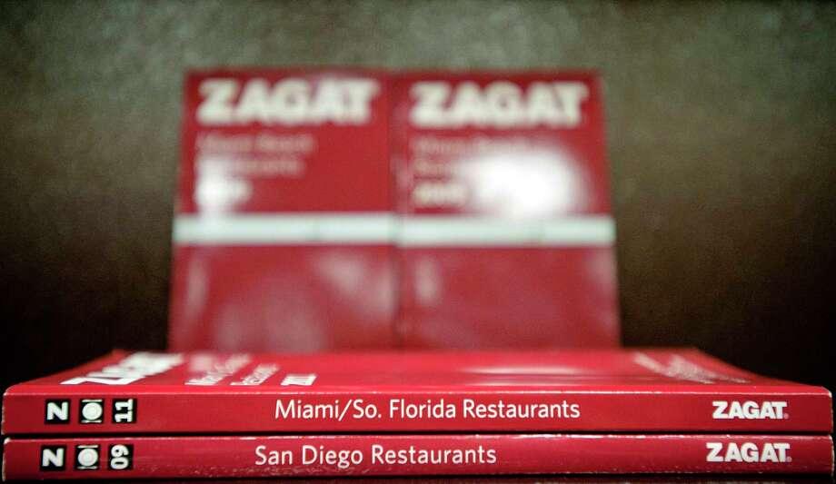 Zagat restaurant guides: 2009 new york city restaurants by zagat.