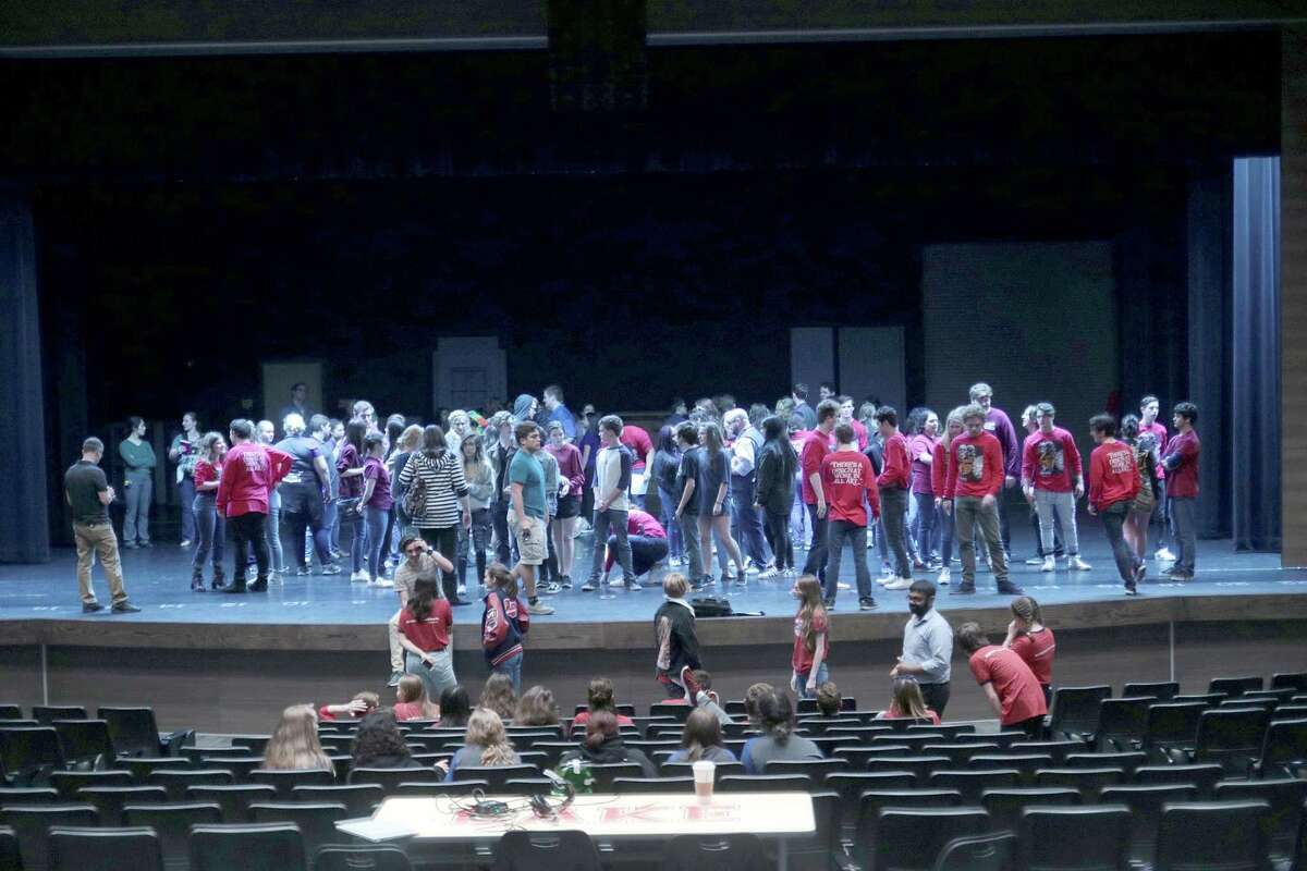 Area theater students familiarizing themselves of the stage during the meet-and-greet of students from 8 area UIL one-act play entries. Photo by Pin Lim.