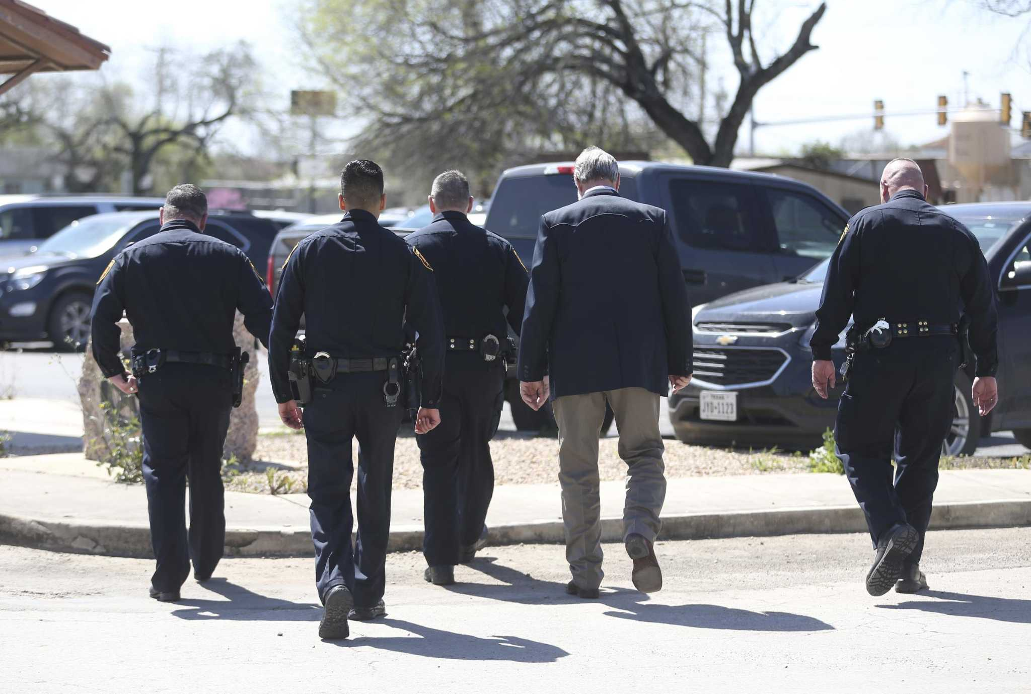 Jury now deliberating in SAPD officer's killing | My San Antonio