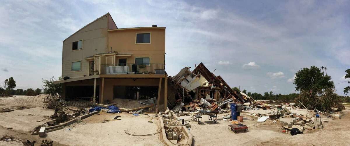 Panoramic view of Riverview at Forest Cove complex, Sunday, Sept. 3 on Aqua Vista Drive in Kingwood, TX, following flooding of the San Jacinto River caused by Tropical Storm Harvey. Joy Rizzi lived in what was the third unit from the left. (Scott Kingsley / Houston Chronicle)
