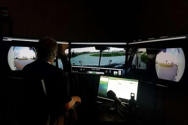 Starsky, Uber aim for driverless long-haul trucks