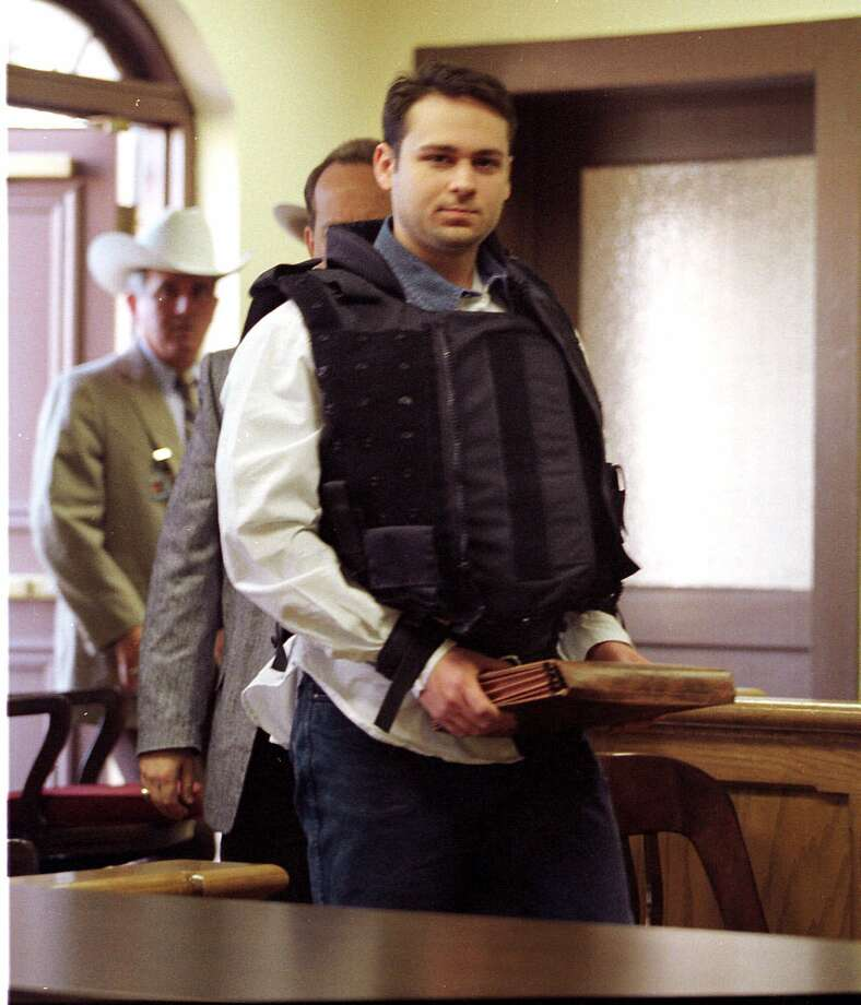 Convicted killer John William King is escorted into the Jasper County Courthouse for the punishment phase of his trial Wednesday, Feb. 24, 1999, in Jasper, Texas. King was convicted of capital murder in the dragging death of James Byrd Jr. (AP Photo/Adrees Latif, POOL) Photo: ADREES LATIF, POOL / POOL REUTERS