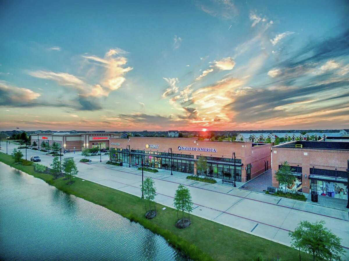 Local Table will open fall 2018 in the Lakeland Village Center, part of the Bridgeland master planned community in Cypress. The restaurant, from the owners of Hungry's in Houston, will offer a menu that includes Mediterranean-inspired gyros, pizza, Tuscan grilled chicken, salads, fajitas and tacos.