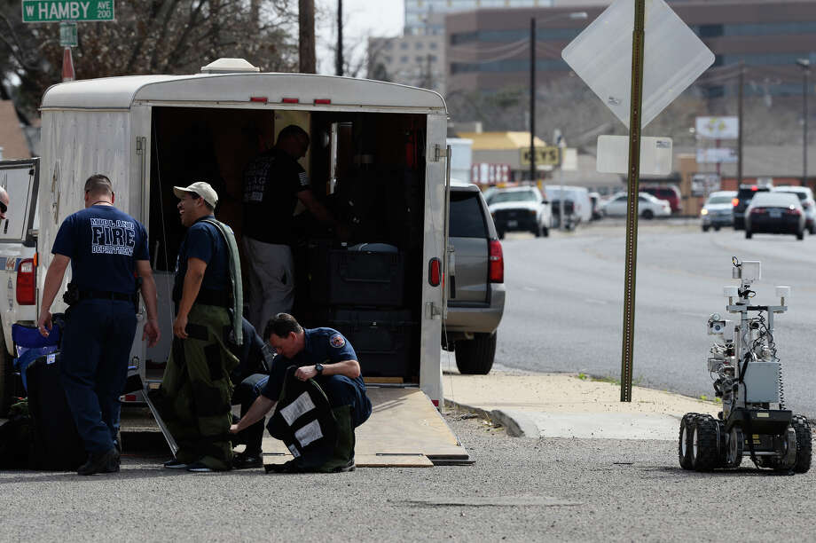 Midland emergency responders investigated a suspicous package at a business near the intersection of N. Big Spring Street and W. Hamby on March 8, 2018. James Durbin/Reporter-Telegram Photo: James Durbin