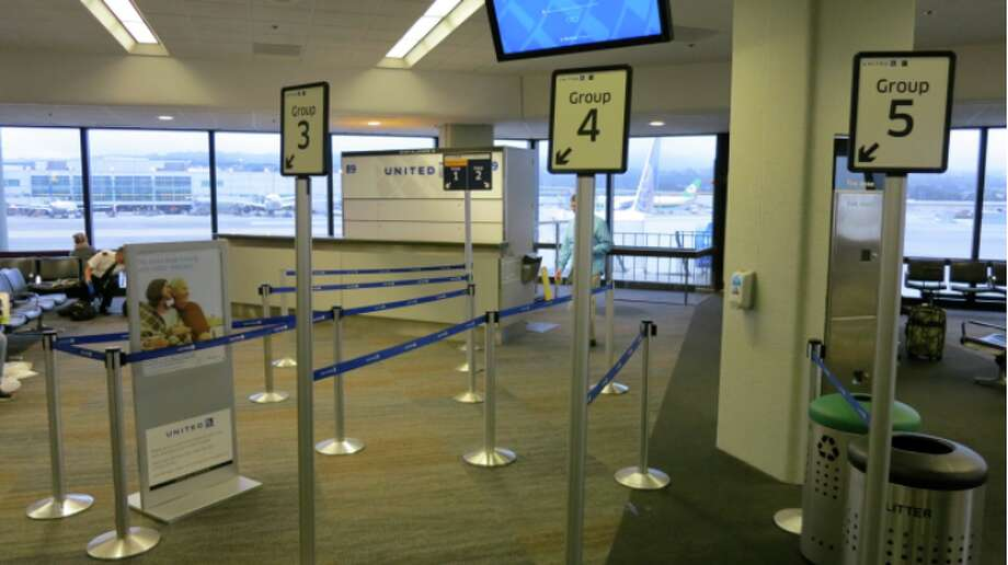 United is now selling preferred spots in its boarding lines. Photo: Chris McGinnis