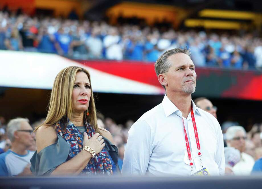 Craig Biggio listens to the National Anthem before the beginning of Game 1 of the World Series at Dodger Stadium on Tuesday, Oct. 24, 2017, in Los Angeles. ( Karen Warren / Houston Chronicle ) Photo: Karen Warren, Houston Chronicle / © 2017 Houston Chronicle