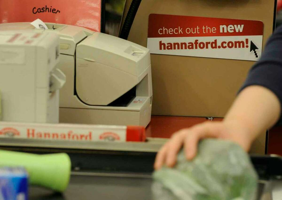 Signage promoting Hannaford's new online shopping option at Latham Farms Hannaford in Latham,New York 6/09/2010.( Michael P. Farrell / Times Union )
