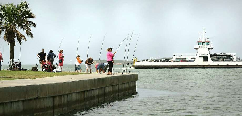 Port Aransas officials are now allowing anglers to fish at certain parts of the beach, according to an order that was issued Friday. Photo: Bob Owen /San Antonio Express-News / ©2018 San Antonio Express-News