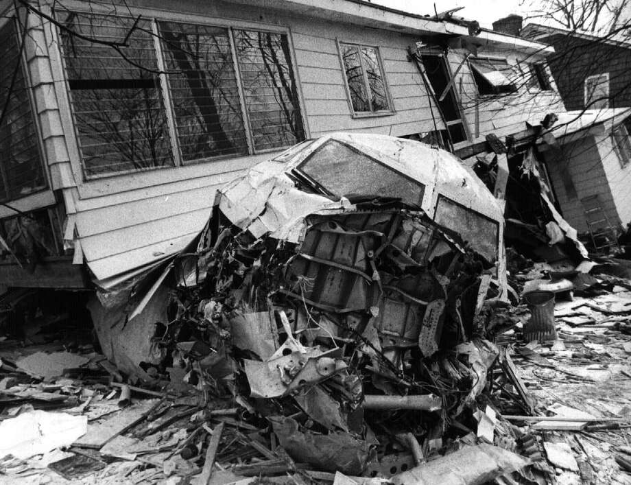 AIRLINE CRASH--mohawk airlines plane crashed in Albany neighborhood March 3 1972 Photo: Fred McKinney, DG