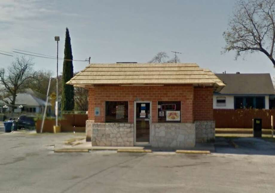 Fred's Fish Fry #2: 603 N. Zarzamora St., San Antonio, TX 78207