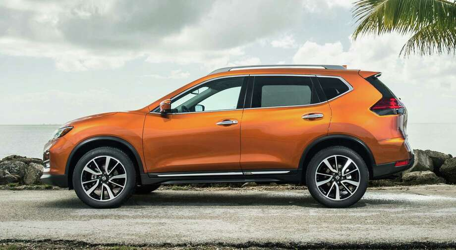 The 2018 Rogue's rear doors open 77 degrees for easier entry and exit. A motion-activated hatch is standard on SV and SL models. Photo: Nissan / ©2017 Nissan