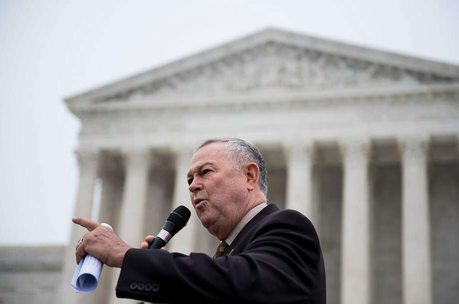 Rep. Dana Rohrabacher's, Orange County district has concerns over environ mental issues but may not hear Demo cratic candi dates if there are too many of them. Photo: Bill Clark, CQ-Roll Call,Inc.