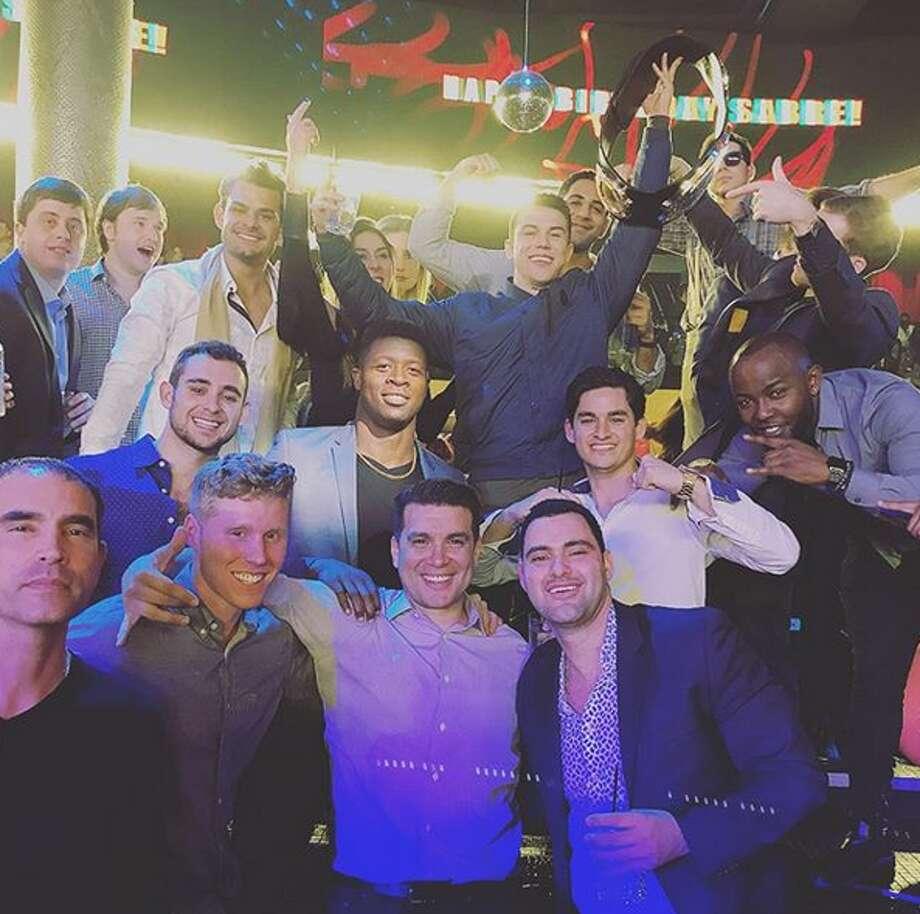 San Antonio Fighter Shines In Ufc Debut Celebrates 50k
