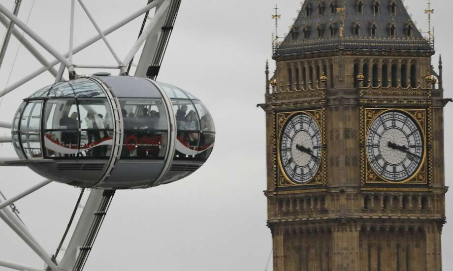 Peak season summer fares to London on United dip to new lows. (AP Photo/Frank Augstein, File) Photo: Frank Augstein, Associated Press