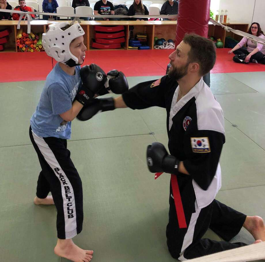 colton funiciello has a match with his father mike funiciello during a recent pais - Seecontainerhuser Wa