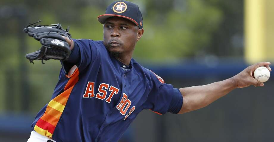 A.J. Hinch again all but said that the lefthanded bullpen spot will go to Tony Sipp. Photo: Karen Warren/Houston Chronicle
