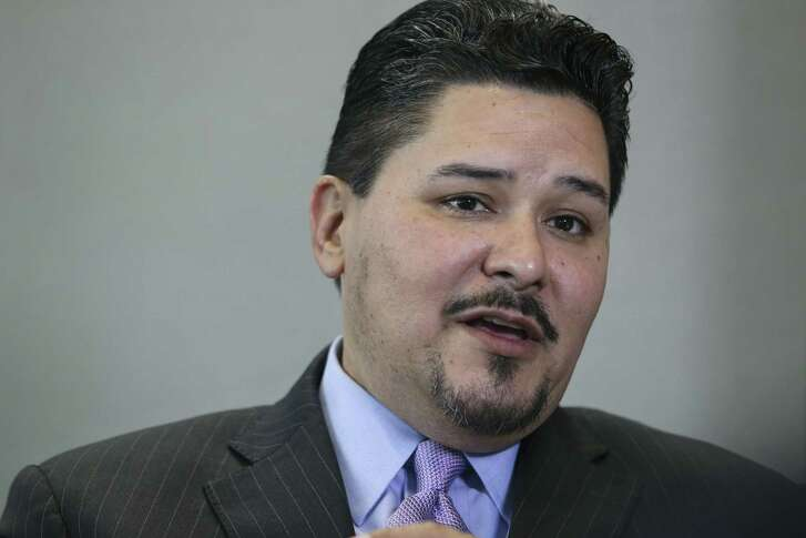 Houston ISD Superintendent Richard Carranza talks about his departure for New York City during an interview with Houston Chronicle and KHOU on Wednesday, March 7, 2018, in Houston. ( Yi-Chin Lee / Houston Chronicle )