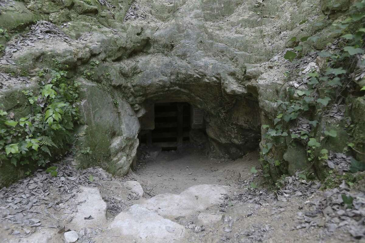 View of the main entrance to Robber Baron Cave.