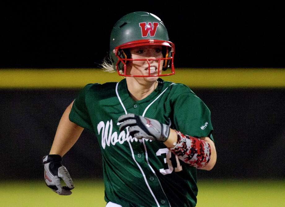 Abbey Newlun #31 of The Woodlands heads to third after hitting a triple during the second inning of a District 12-6A high school softball game, Friday, March 9, 2018. Photo: Jason Fochtman, Staff Photographer / © 2018 Houston Chronicle