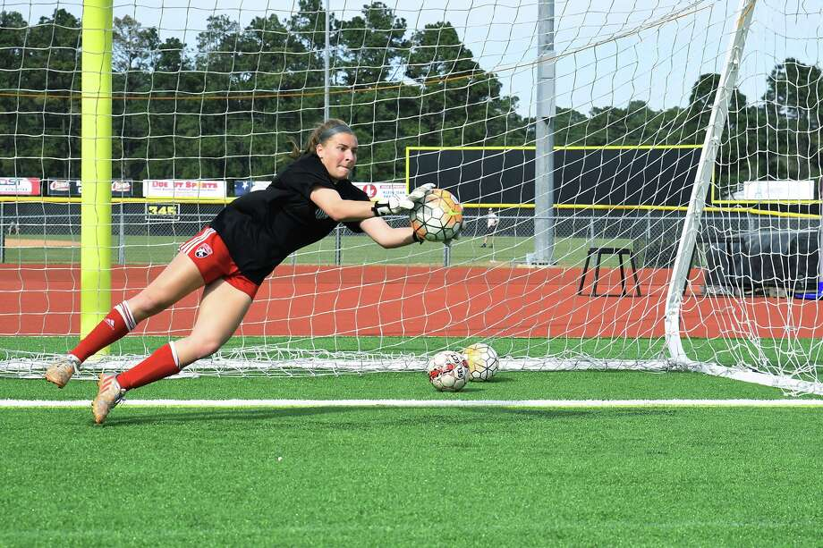 Goalkeeper Meredith Mitchiner is one of three captains for the Panthers. Photo: Tony Gaines/ HCN, Staff / Houston Chronicle