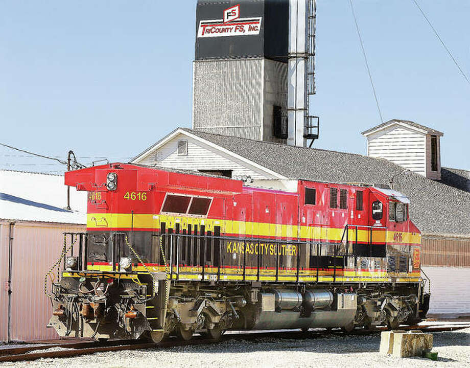 A Kansas City Southern train engine idles in the yard at the TriCounty FS facility in Jerseyville. Photo: John Badman | The Telegraph