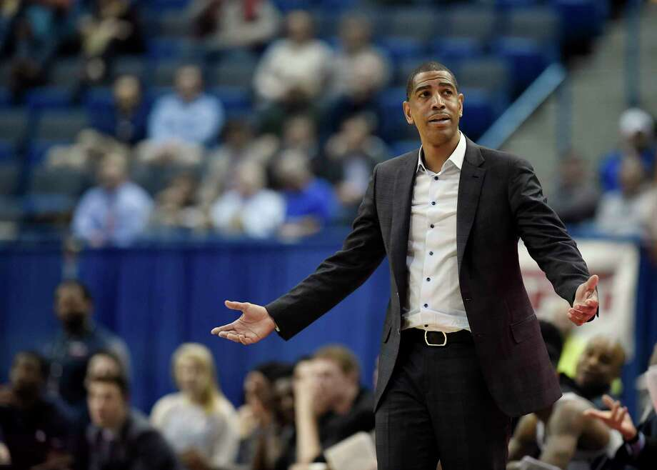 Connecticut head coach Kevin Ollie during the second half an NCAA college basketball game, Thursday, Feb. 15, 2018, in Hartford, Conn. (AP Photo/Jessica Hill) Photo: Jessica Hill, Associated Press / AP2018