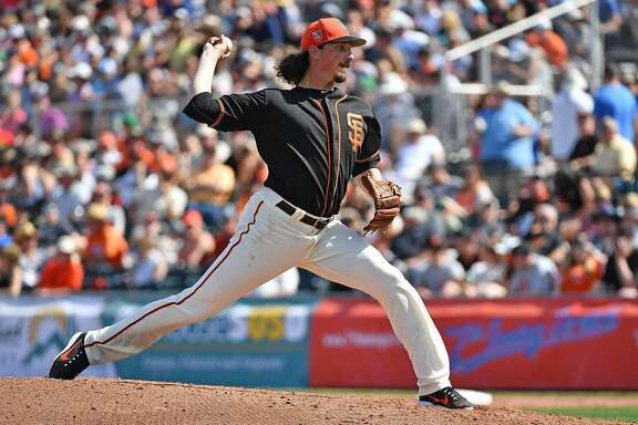 SCOTTSDALE, AZ - MARCH 09: Jeff Samardzija #29 of the San Francisco Giants delivers a pitch against the Seattle Mariners in the spring training game at Scottsdale Stadium on March 9, 2018 in Scottsdale, Arizona. (Photo by Jennifer Stewart/Getty Images)