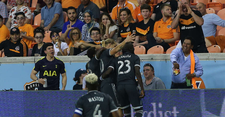 Houston Dynamo fans booing Vancouver Whitecaps players after Brek Shea (20) scored a goal for their teamn during the second half of the MLS game at BBVA Compass Stadium on Saturday, March 10, 2018, in Houston. The Houston Dynamo lost to the Vancouver Whitecaps 2-1. ( Yi-Chin Lee / Houston Chronicle ) Photo: Yi-Chin Lee/Houston Chronicle