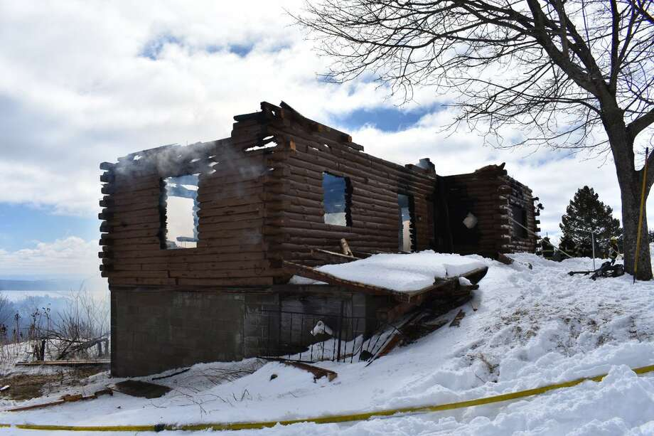 Albany County Sheriff's investigators and fire companies were called Woodstock Road for a structure fire call early Sunday morning.