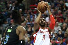 Guard Chris Paul (3) helped the Rockets compensate for James Harden's absence by scoring 24 points and dishing out 12 assists.