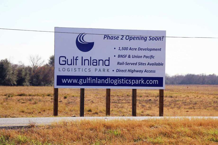 This site on US 90 heading east into Dayton from Crosby is where Gulf Inland Logistics Park will be built and the industrial park is expected to bring with it jobs and a huge tax base for both the county and the city of Dayton. Photo: David Taylor