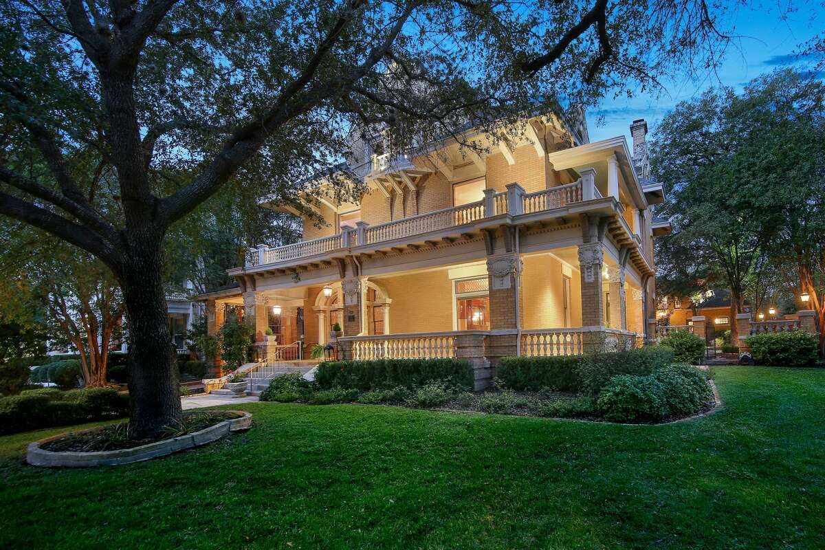 The historic home at 501 W. French Place in San Antonio is on the market for $1,199,000. The 115-year-old house is 6,098 sq. ft. and has 3 bedrooms and 2.5 bathrooms, as well as a 2-bedroom, 1-bathroom carriage house.